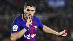 2. Luis Suarez (Barcelona) - 18 Gol (3 Penalti). (AP/Alvaro Barrientos)