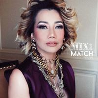 Fashion stylist, Alva Susilo menghidupkan kembali aura diva dari penyanyi legendaris ini. (Sumber foto: alvasus/instagram)