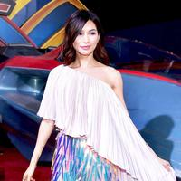 Gemma Chan mencuri perhatian di gala premier Captain Marvel. (Foto: instagram.com/entertainmenttonight)
