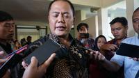 Bupati Karanganyar, Juliyatmono melarang penjualan kuliner olahan daging anjing di wilayah Karanganyar.(Liputan6.com/Fajar Abrori)