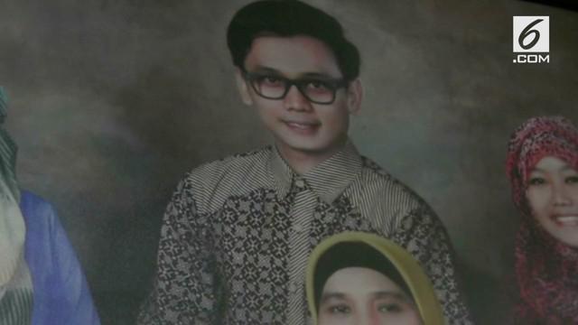 Bani Seventeen menjadi salah satu korban tewas dalam bencana tsunami Selat Sunda. Sebelum berangkat ke Banten, ternyata Almarhum sempat berjanji kepada sang Istri.