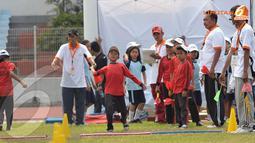 Banyak jenis olahraga atletik yang dapat dilakukan. Tampak salah satu peserta sedang melakukan lempar lembing (Liputan6.com/Helmi Fithriansyah)