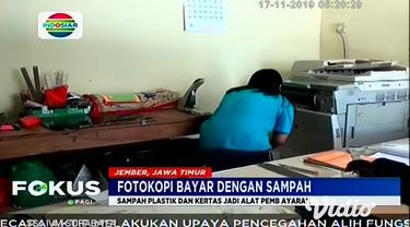 Tempat fotokopi ini ada di Jl. Kalimantan 5 Nomor 2A, Kelurahan Sumbersari, Kecamatan Sumbersari, Jember. Pemilik tempat fotokopi ini menerima pembayaran tidak hanya dengan uang, tapi juga sampah dalam rangka mengkampanyekan kesadaran cinta lingkunga...