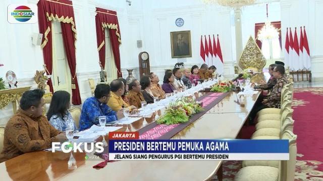 Sejumlah tokoh agama bertemu Presiden Jokowi di Istana Merdeka, Jakarta, untuk menyerukan Pemilu damai.