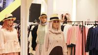 Koleksi modest wear di Metro Department Store membuka rangkaian Jakarta Modest Fashion Week (Liputan6.com/Pool/Y2 Media)