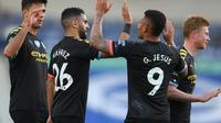 Manchester City merayakan gol yang dicetak Gabriel Jesus saat melawan Brighton Hove Albion (AFP)