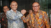 Ketua KPK Agus Rahardjo dan Dirut BPJS TK Agus Susanto usai teken MoU.