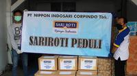 Penyerahan donasi roti kepada perwakilan Nutrisi Garda Terdepan Jumat, (17/42020) di Jakarta. (Foto:Sari Roti)
