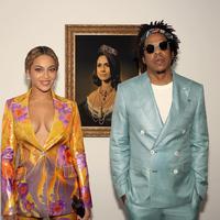 Beyonce dan Jay Z di depan gambar Meghan Markle rayakan BRIT Awards (Instagram @beyonce)