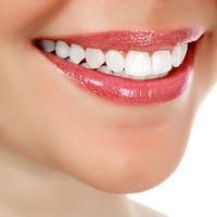 Ilustrasi gigi putih (iStockphoto)