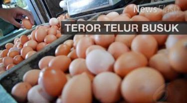 Masyarakat Kota Bogor digegerkan temuan ribuan telur rebus busuk yang beredar luas di pasar tradisional setempat.