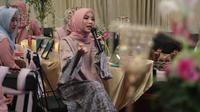 Berikut tips pilih hijab yang nyaman digunakan seharian dari Chacha Frederica. (Foto: Dok. Shafa Project)