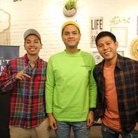 Rayi Asta Nino muncul dengan ide menarik untuk RAN secara individu. (Adrian Putra/Fimela.com)