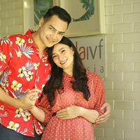 Asmirandah dan Jonas Rivanno (Bambang E Ros/Fimela.com)