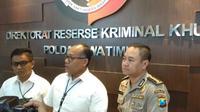 Kepolisian Daerah (Polda) Jawa Timur memberikan keterangan mengenai kasus MeMiles (Foto: Liputan6.com/Dian Kurniawan)