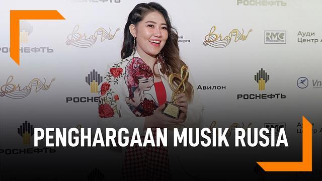 Membanggakan, Via Vallen Raih Penghargaan Musik Di Rusia