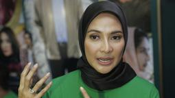 Maudy memang sengaja merubah penampilannya di bulan Ramadan kali ini. Ini merupakan tahun keduanya mengenakan hijab di bulan Ramadan. (Kapanlagi.com/Muhammad Akrom Sukarya)