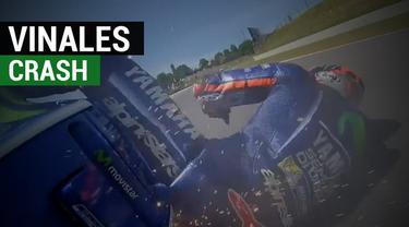 Berita video insiden pebalap Movistar Yamaha, Maverick Vinales, crash menuju MotoGP Italia dan motornya sampai terpelanting parah. Insiden ini terjadi di sesi free practice II di Sirkuit Mugello pada Jumat (2/6/2017). Namun, Vinales mengaku tidak men...