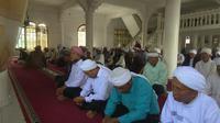 Jemaah Tarekat Naqsabandiyah merayakan Hari Raya Idul Fitri 1441 Hijriah pada hari ini, Jumat, 22 Mei 2020