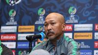 Pelatih Timnas Indonesia U-16, Fakhri Husaini pada sesi konferensi pers jelang laga melawan Iran. (AFC)