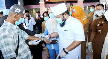 Berita Gembira Wali Kota Bengkulu Lepas 3 Pasien Sembuh Covid-19