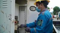 PLN memulihkan listrik pelanggan di Manado. Dok PLN