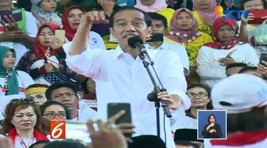 Usai kampanye di Deli Serdang, Jokowi melanjutkan kampanye di Kabupaten Asahan, Sumatera Utara.