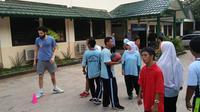 Kegiatan amal tim basket NSH sebelum IBL Seri III (Ist)