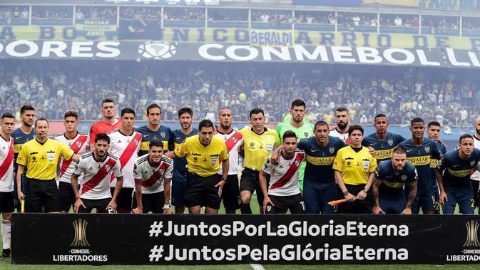 Boca Juniors dan River Plate saling berhadapan pada laga final Copa Libertadores 2019. (AFP/ALEJANDRO PAGNI)#source%3Dgooglier%2Ecom#https%3A%2F%2Fgooglier%2Ecom%2Fpage%2F%2F10000