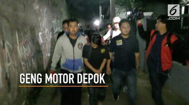 12 anggota geng motor penyerang geng motor di Depok berhasil ditangkap polisi.