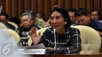 Menteri Kelautan dan Perikanan (KKP) Susi Pudjiastuti memberikan komentar saat raker dengan Komisi IV DPR di Jakarta, (8/6). Rapat tersebut membahas usulan alokasi dalam RAPBN-P 2016. (Liputan6.com/JohanTallo)