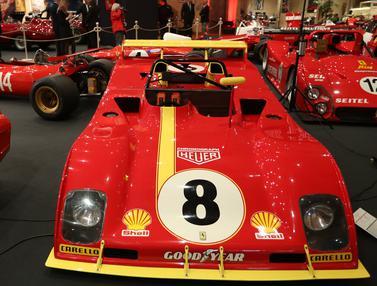 Puluhan Mobil Ferrari Klasik dan Unik Dipamerkan di Monako