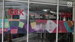 Suasana kantor PSSI saat penggeledahan oleh Satuan Tugas (Satgas) Antimafia Bola Polri di FX Office Tower, Jakarta, Rabu (30/1). Penggeledahan itu pengembangan kasus 10 tersangka kasus pengaturan skor sepak bola Indonesia. (Liputan6.com/Faizal Fanani)