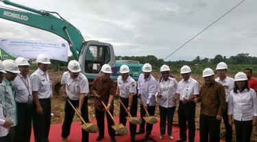 Peletakan batu pertama pembangunan Pembangkit Listrik Tenaga Sampah di Bantar Gebang. (Liputan6.com/Fernando Purba)
