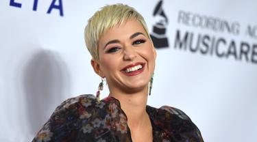 Katy Perry Tampil Menawan di Musicares Person of The Year 2019