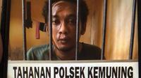 Semmy Ditya (20) nekat terjun dari lantai 2 gedung indekost di Palembang, karena tak mampu bayar jasa kencan online (Liputan6.com / Nefri Inge)