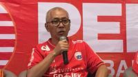 Direktur Utama Persija Jakarta, Kokoh Afiat. (Bola.com/Benediktus Gerendo Pradigdo)