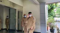 Wali Kota Depok, Mohammad Idris mulai bekerja kembali di Balai Kota Depok, Senin (7/12/2020). (Foto:Liputan6/Dicky Agung Prihanto)