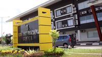 Pemerintah Provinsi Banten menjamin pengobatan selama Nawasi menjalani perawatan di rumah sakit, menggunakan Jamkeskin.