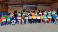 Kementan berikan penghargaan untuk puluhan petani dan pendamping yang terlibat dalam kegiatan Sekolah Lapang IPDMIP di Poso, Sulawesi Tengah. (Ist)