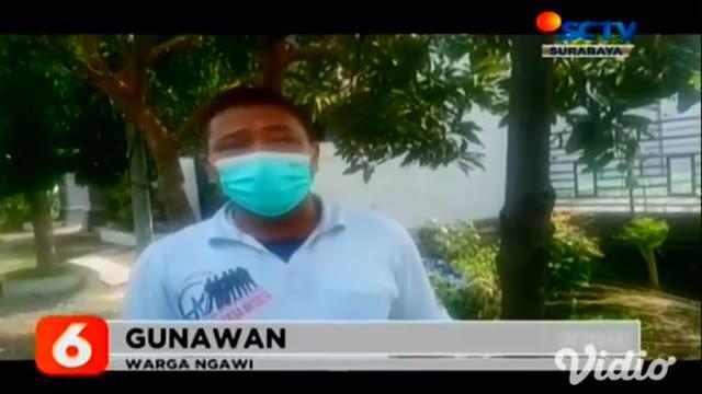 Mendapat laporan adanya upaya pembobolan mesin ATM. Sejumlah anggota Polsek Geneng Ngawi, Jawa Timur, langsung menuju lokasi kejadian sebuah minimarket di Jalan Raya Madiun Ngawi.