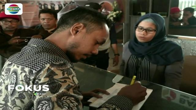"""Kasus """"tampang Boyolali"""" berbuntut panjang. Sejumlah tim advokat pembela Prabowo laporkan Bupati Boyolali karena dianggap lakukan pelanggaran pemilu."""