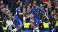Bek Chelsea David Luiz (kiri) dan Ruben Loftus-Cheek (AP Photo/Matt Dunham)
