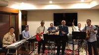 Band bentukan menteri Jokowi itu diberinama Elek Yo Band. Terlihat beberapa menteri yang tergabung. Menurut Program Team Java Jazz Festival Production, Nikita Dompas, Elek Yo Band diyakini akan merebut perhatian penonton. (Instagram/triawanmunaf)