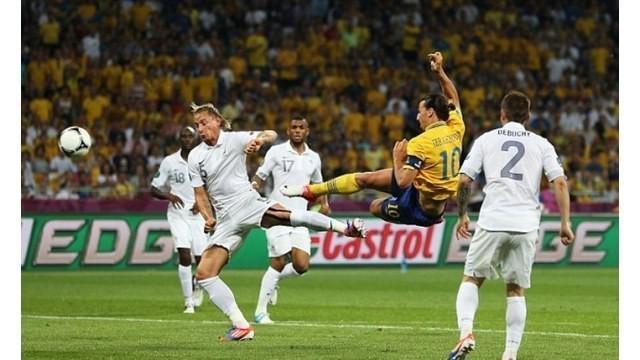 Berikut ini video enam gol Zlatan Ibrahimovic di ajang Piala Eropa.