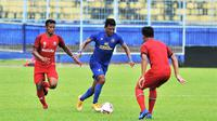 Striker Arema FC, Dedik Setiawan. (Bola.com/Iwan Setiawan)