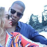 Beberapa bulan lalu Beyonce melahirkan anak kembarnya, buah cintanya bersama Jay Z. Rumi and Sir dipilih pasangan suami istri ini sebagai nama untuk anak kembar mereka, namun timbul pertanyaan besar di balik itu. (Instagram/beyonce)