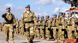 Citizen6, Lebanon: Komandan Kontingen Garuda Kolonel Adm Dharmawan Bhakti bertindak sebagai Inspektur Upacara dalam rangka HUT TNI ke-67 tahun 2012 di Markas Batalyon Mekanis Konga XXIII/F/UNIFIL, Lebanon Selatan, Jumat (5/10). (Pengirim: Badarudin Bakri)