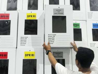 Melihat Perakitan Kotak Suara Pemilu 2019