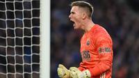 Dean Henderson adalah kiper muda yang tampil gemilang bersama Sheffield United. (AFP/Glyn Kirk)